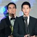 Joe Taslim dan Song Joong Ki Raih Best APAN Star Award