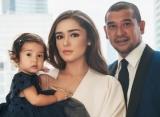 Pamer Foto Ini, Yasmine Wildblood 'Bantah' Wajah Putrinya Mirip Abi Yapto