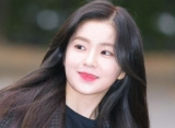 Dijuluki Sebagai Visual Grup, Ini Gaya Makeup dan Fashion Favorit Irene Red Velvet