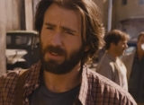 Chris Evans Kembali Jadi 'Superhero' di Trailer 'The Red Sea Diving Resort'