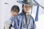Kim So Hyun dan Jang Dong Yoon Ciuman Intens di Ranjang 'The Tale of Nokdu'