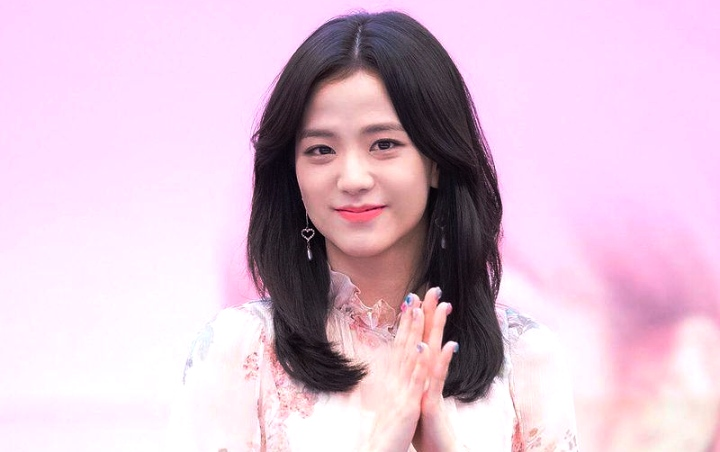 Visual Jisoo BLACKPINK di Foto Close Up Tuai Pujian Selangit, Disebut Idol Tercantik