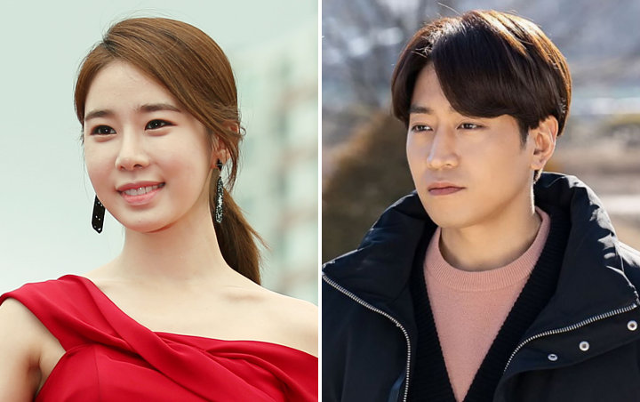 Yoo In Na dan Eric Shinhwa Tampil Percaya Diri di Poster 'The Spy Who Loved Me'