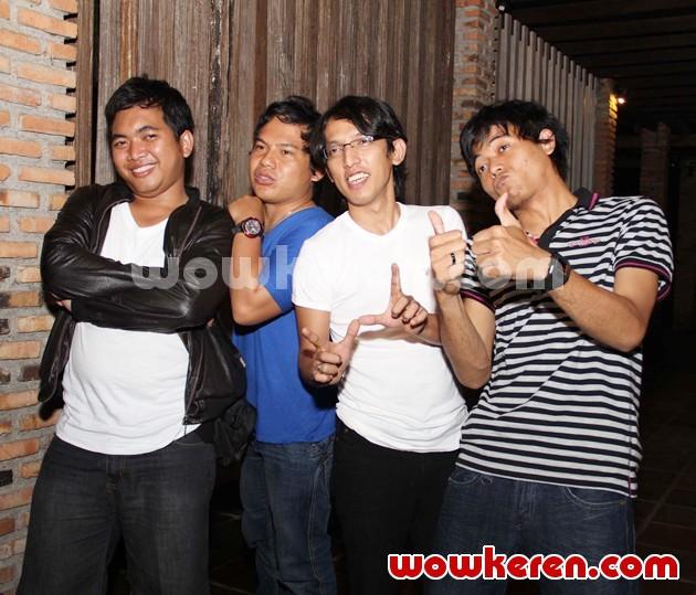 Foto Wali Saat Ditemui di Lokasi Syuting Klip Terbaru