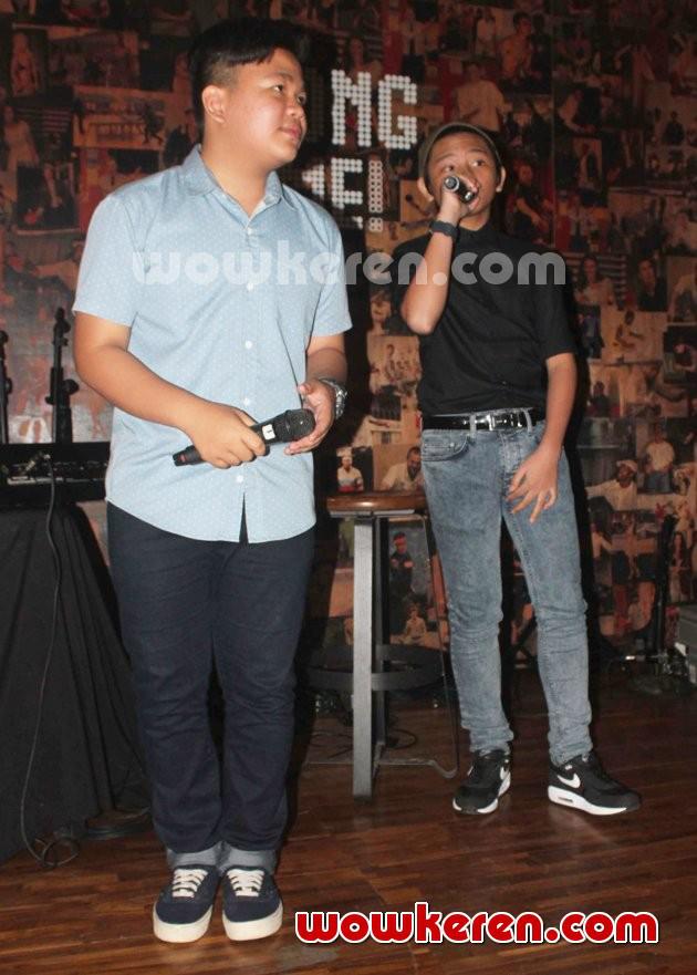 Foto Aldi dan Kiki CJR di Acara 'Charity for Kelud'