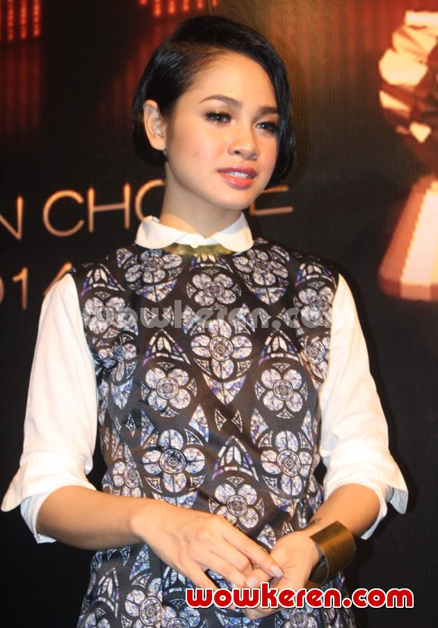 Foto Andien di Jumpa Pers Indonesian Choice Awards 2014