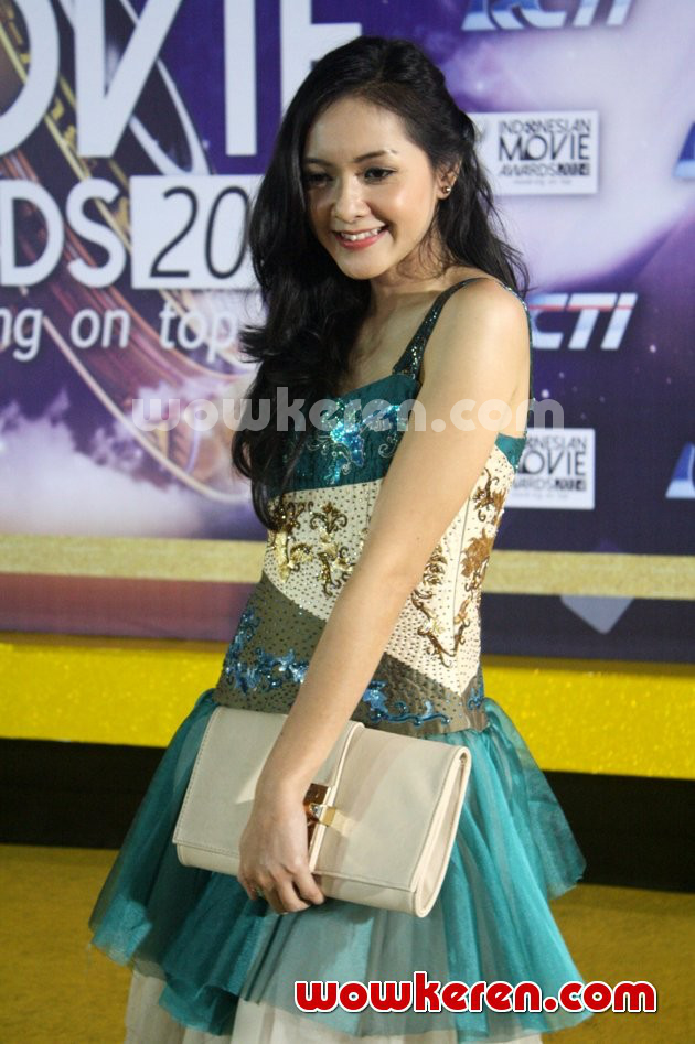Foto Richa Novisha di Red Carpet Indonesian Movie Awards 2014