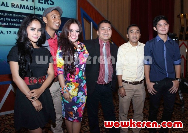 Foto Jumpa Pers Program Ramadhan Trans7