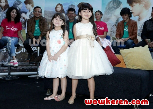Foto Richelle Skornicki dan Sandrinna Skornicki di Press Screening Film 'This Is Cinta'