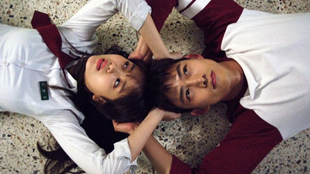 Foto Akting Kim So Hyun dan Taecyeon 2PM di Drama 'Let's Fight Ghost'