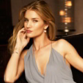 Rosie Huntington-Whiteley di Majalah Vanity Fair US Edisi Juni 2011