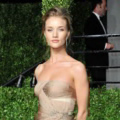 Rosie Huntington-Whiteley di Vanity Fair Oscar Party 2011