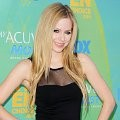 Avril Lavigne di Red Carpet Teen Choice Awards 2011