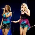 The Saturdays di acara musik V Festival 2011