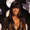 Kelly Rowland di Black Carpet MTV VMAs 2011