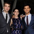 Robert Pattinson, Kristen Stewart dan Taylor Lautner di Premier Twilight Saga Breaking Dawn - Part 1