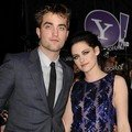 Robert Pattinson dan Kristen Stewart di Premier Twilight Saga Breaking Dawn - Part 1