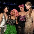 Behind the Stage American Music Awards 2011