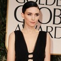 Rooney Mara di Red Carpet Golden Globes 2012