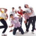 2PM Pose untuk Promo Coca Cola Open Happiness 2011