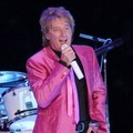 Konser Rod Stewart Bertajuk 'The Greatest Hits Rod Stewart'