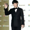 Kim Soo Hyun di Red Carpet Blue Dragon Awards 2011