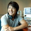 Park Yong Ha Sedang On Air di Radio