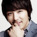 "Park Yong Ha Bermain di ""The Slingshot"""