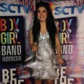 Syahrini Saat Mengisi Acara Grand Final Boy & Girl Band Indonesia Result Show