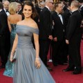 Penelope Cruz di Red Carpet Oscar 2012