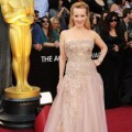 Wendi McLendon-Covey di Red Carpet Oscar 2012