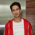 Foto Aliando Ditemui Seusai Syuting Sinetron 'Ganteng-Ganteng Serigala ...