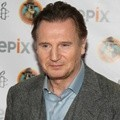 Liam Neeson di Acara Amnesty International's Secret Policeman's Ball 2012