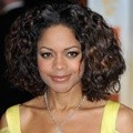 Naomie Harris di Acara Orange British Academy Film Awards 2012