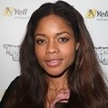 Naomie Harris Datang ke Acara Yells Ministry of Found Dance and Music Exchange