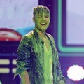 Justin Bieber dengan 'Slime' di Kids' Choice Awards 2012