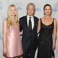 Elle Fanning, Catherine Zeta-Jones dan Michael Douglas di Children of Chernobyl's 2011