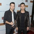 Kevin Jonas dan Joe Jonas di Rock The Vote Kick-Off