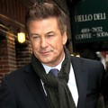 Alec Baldwin dan Hilaria Thomas di The Late Show