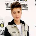 Justin Bieber Hadir di Billboard Music Awards 2012