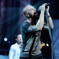 Chris Daughtry Saat Konser di Nokia Theater