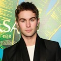 Chace Crawford di Versace H&M Fashion