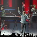 Aksi Linkin Park di MTV Video Music Awards Japan 2012
