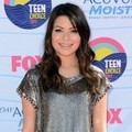 Miranda Cosgrove Hadir di Teen Choice Awards 2012