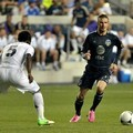 Michael Essien vs David Beckham di Laga Chelsea Lawan MLS All-Stars