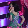 Syahrini Memeriahkan Grand Final Miss Celebrity Indonesia 2012
