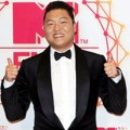 PSY di Red Carpet MTV EMA 2012