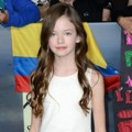 Mackenzie Foy di Black Carpet Premiere 'Breaking Dawn 2'