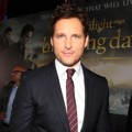 Peter Facinelli di Black Carpet Premiere 'Breaking Dawn 2'