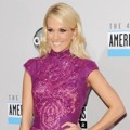 Carrie Underwood di Red Carpet AMAs 2012